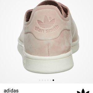 save off c3545 34116 EUC adidas Stan Smith Nuud Nubuck sneakers